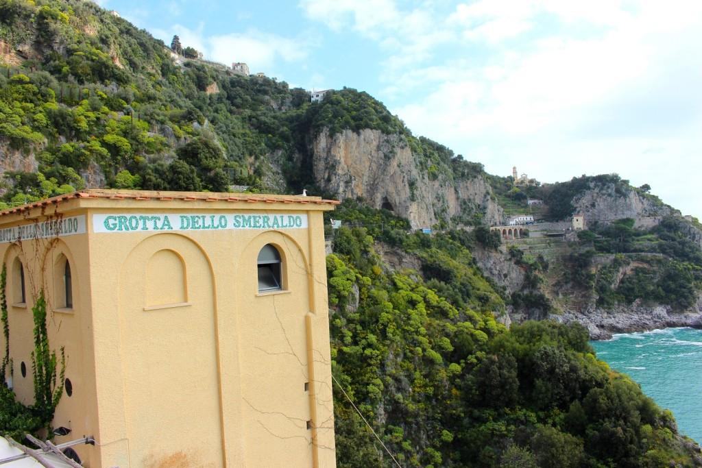 amalfi coast drive  grotta dello smeraldo 1