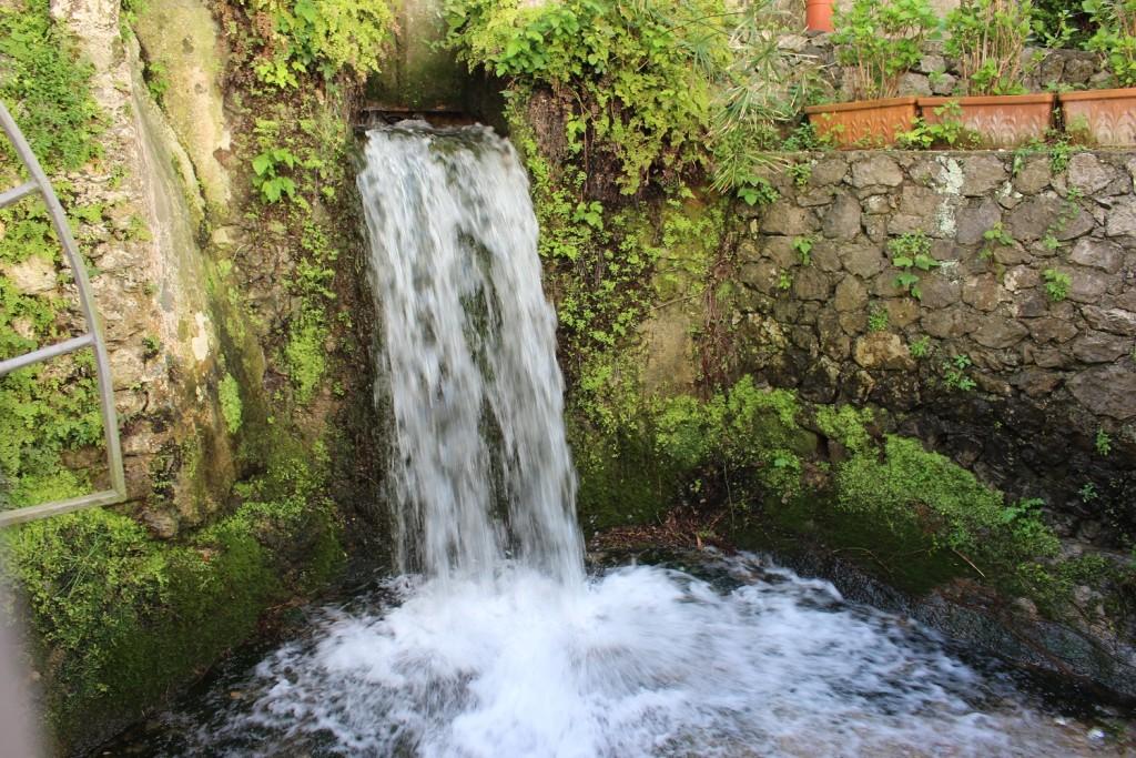 amalfi waterfall